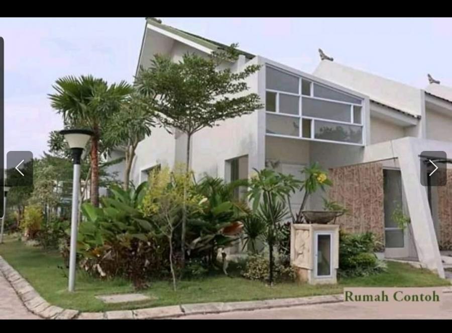 Rumah contoh dengan design rumah yang cantik.